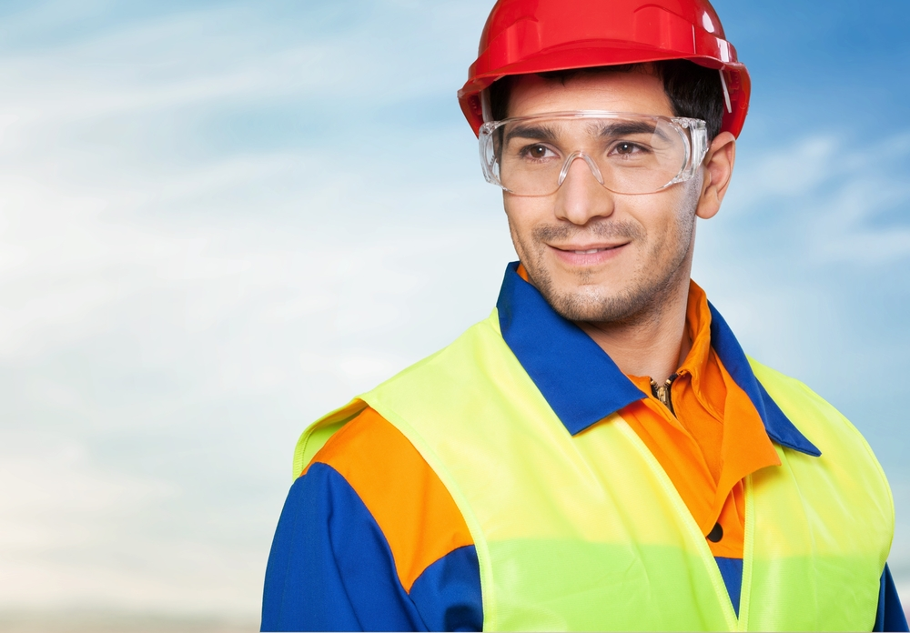 1730a64c552 All eyes on safety! Protecting your eyesight at work – RoSPA ...